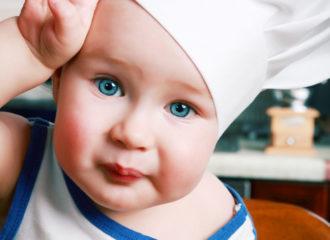 Bébé cuisinier